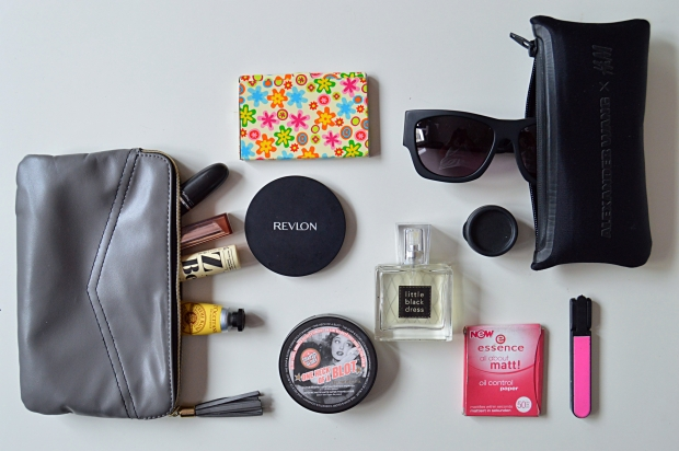 blog what is in my bag 4